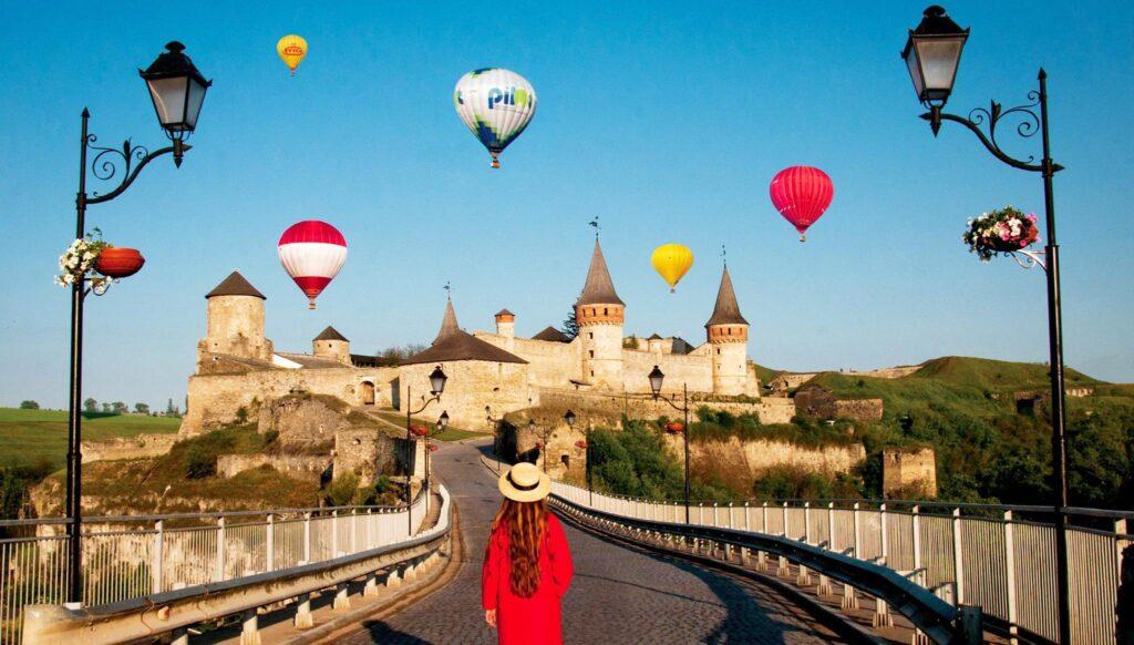 """Йога-тур в Камянец-Подольский """"Полет на воздушном шаре"""""""